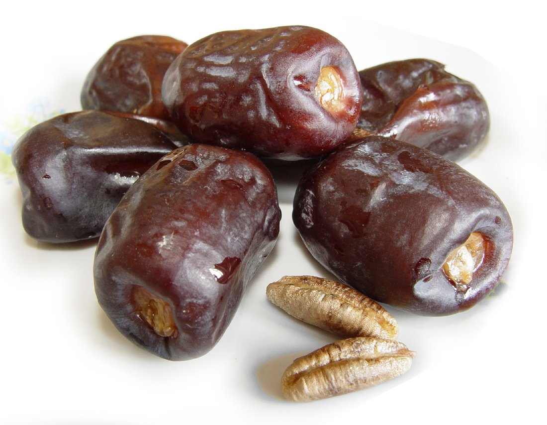 Финики обогащены витаминами группы В-группы, натрием, калием