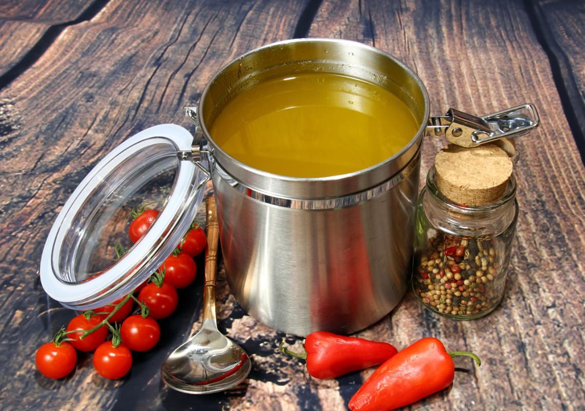Топленое масло и холестерин не сочетаются друг с другом